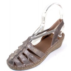 Andre Assous Women's Desi In Pewter Brushed Metallic Suede/Stretch Elastic