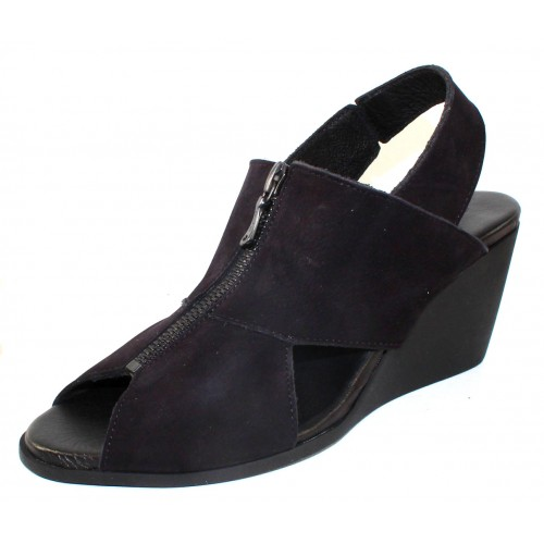 Arche Women's Egwal In Noir Nubuck - Black