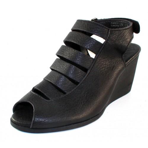 Arche Women's Egzy In Noir Fast Leather - Black