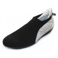 Arche Women's Onyx In Noir Stretch/Abo Embossed Nubuck - Black/Black & White Flower Print