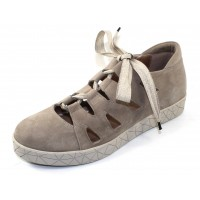 Beautifeel Women's Cava In Tahini Off White Suede