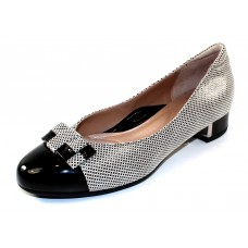 Beautifeel Women's Etta In Nude/Black Pixel Embossed Suede/Black Patent Leather
