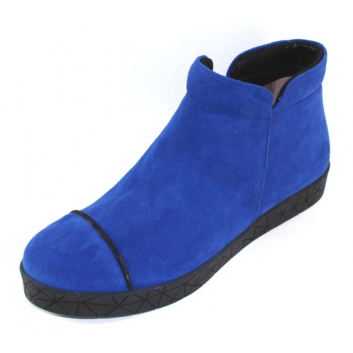 Beautifeel Women's Kata In Electric Blue Suede