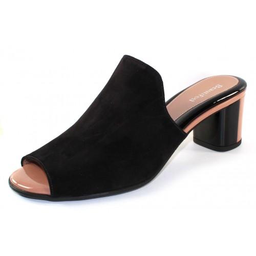 Beautifeel Women's Raine In Black Suede/Bisque Patent Leather Combo