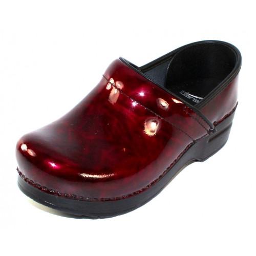 Dansko Women's Professional In Garnet Patent Leather