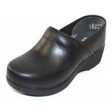 Dansko Women's Xp 2.0 In Black Pullup Leather