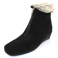 La Canadienne Women's Evitta In Black Waterproof Suede