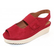 Lamour Des Pieds Women's Adalicia In Bright Red Kid Suede
