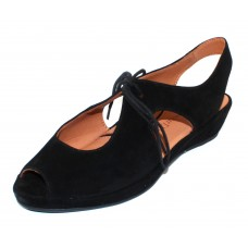 Lamour Des Pieds Women's Brettany In Black Kid Suede