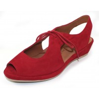Lamour Des Pieds Women's Brettany In Bright Red Kid Suede