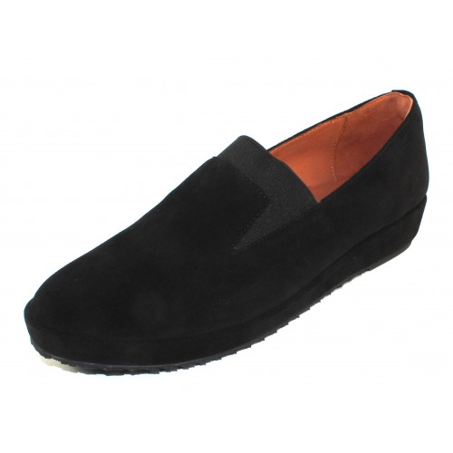 Lamour Des Pieds Women's Corrine In Black Suede
