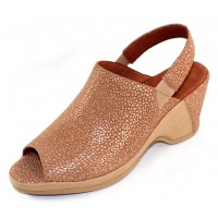 Lamour Des Pieds Women's Orvelle In Beige Meteor Embossed Leather/Canvas