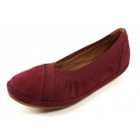 Lamour Des Pieds Women's Yerusha In Mulberry Suede