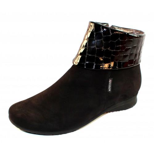 Mephisto Women's Fiducia In Black Bucksoft/Patent Croco Printed Leather