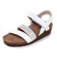 Naot Women's Krista In White Leather/White With Silver Rivets