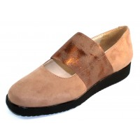 Rapisardi By Ron White Women's Lillian In Sand Weatherproof Eco Suede Synthetic/Bronze Elastic