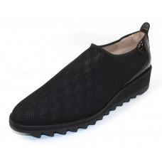 Right Bank Shoe Co Women's Goldi In Black Tennis Mesh Fabric