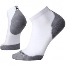Smartwool Phd Run Light Elite Low Cut Socks In White/Light Grey Wool/Nylon