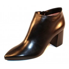 Taryn Rose Women's Maria In Black Soft Calf Leather