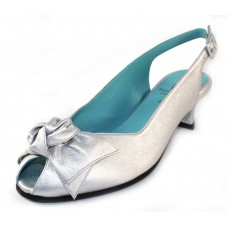 Thierry Rabotin Women's Star In Silver Wash Pearlized Leather