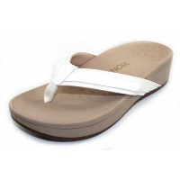 Vionic Women's Hightide In White Leather/Fabric