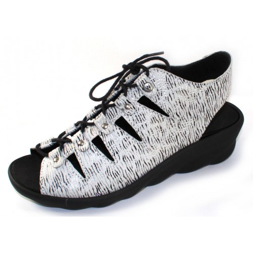 Wolky Women's Arena In White/Black Canals Embossed Nubuck