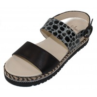 Amalfi By Rangoni Women's Bradley In Black Parma Soft Leather/Summerside Embossed Patent Croco Leather
