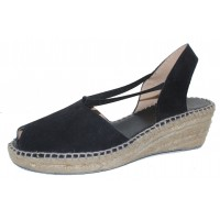 Andre Assous Women's Dainty In Black Suede