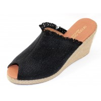 Andre Assous Women's Popy In Black Linen