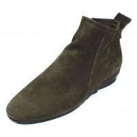 Arche Women's Bibiki In Kaki Hunter Nubuck - Olive Green