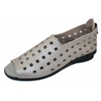 Arche Women's Drick In Nacre/Brume Fast Metal Pearlized Leather - Metallic Gunmetal/Pastel Light Grey