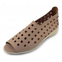 Arche Women's Drick In Nude Timber Calf Leather/White Sole