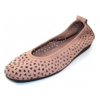 Arche Women's Lilly In Blush Nubuck - Pastel Pink