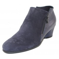 Arche Women's Mushka In Nuit Nubuck/Shade Pearlized Grain Leather - Navy