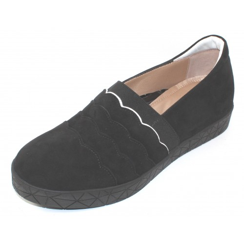 Beautifeel Women's Reeve In Black Suede/White Trim