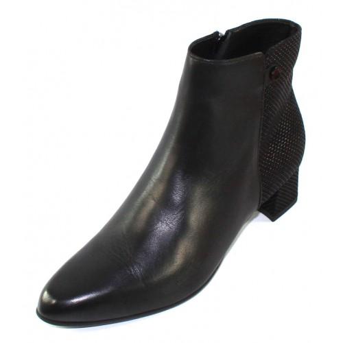 Beautifeel Women's Rita In Black Smooth Leather/Embossed Leather Combi
