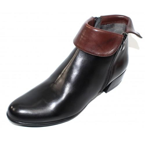 Canal Grande Women's Bruna In Black/Noce Brown Glove Leather