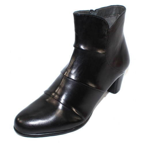 Canal Grande Women's Madita In Black Glove Leather