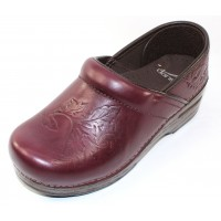 Dansko Women's Embossed Pro In Wine Burnished Leather