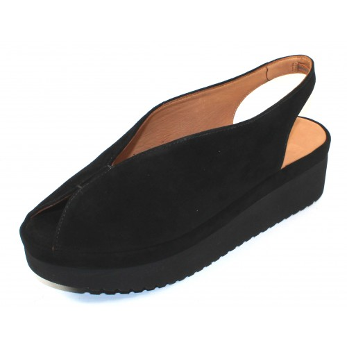 Lamour Des Pieds Women's Ahndray In Black Kid Suede