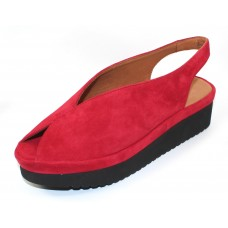 Lamour Des Pieds Women's Ahndray In Bright Red Kid Suede