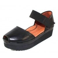 Lamour Des Pieds Women's Amadour In Black Lamba Leather