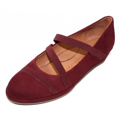 Lamour Des Pieds Women's Berency In Mulberry Kid Suede