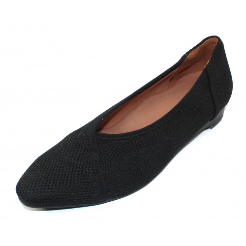 Lamour Des Pieds Women's Bertin In Black Stretch Fabric/Leather