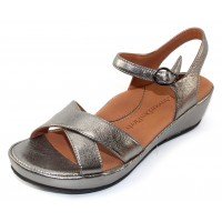 Lamour Des Pieds Women's Casimiro In Anthracite Metallic Leather