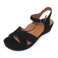 Lamour Des Pieds Women's Casimiro In Black Kid Suede