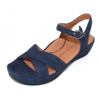 Lamour Des Pieds Women's Casimiro In Navy Kid Suede