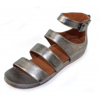 Lamour Des Pieds Women's Doroteia In Anthracite Metallic Grain Leather