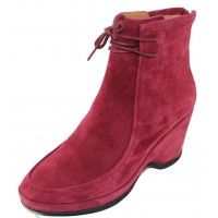 Lamour Des Pieds Women's Olesia In Mulberry Kid Suede