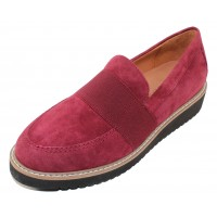 Lamour Des Pieds Women's Xanthus In Mulberry Kid Suede